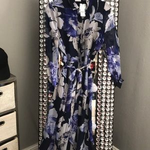 New York and Company . Purple/blue floral